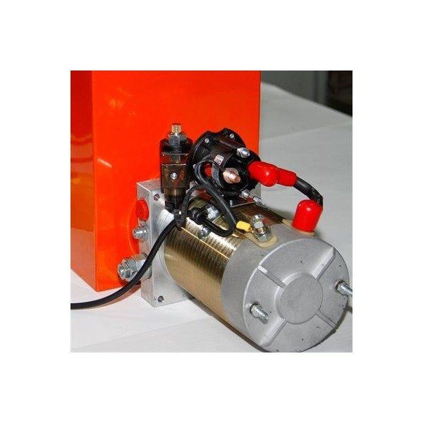 pompe 12 volts 4 gallons simple action edgtrailer. Black Bedroom Furniture Sets. Home Design Ideas